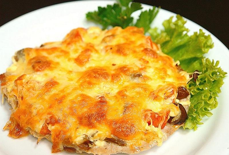 Курица с ананасами и сыром в духовке рецепт с фото пошагово