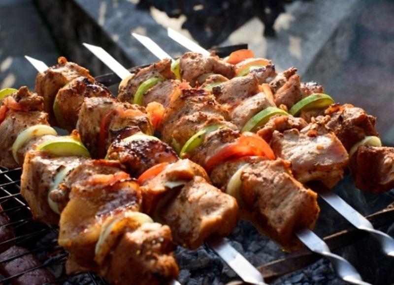 Калорийность Шашлык из задней части свинины. Химический состав и пищевая ценность.