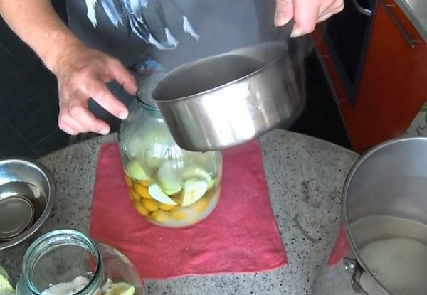 abrikosovyj-kompot-bez-sterilizacii (5)