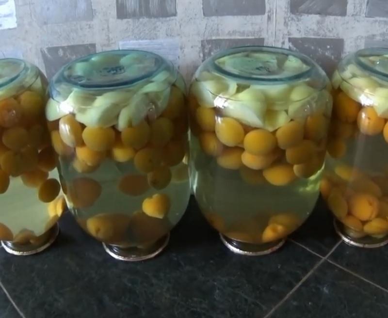 abrikosovyj-kompot-bez-sterilizacii