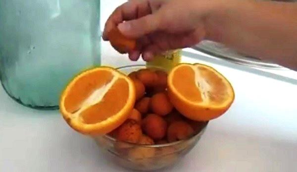 kompot-iz-abrikosov-i-apelsina (2)