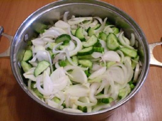 smeshat-v-kastryule-ingredienty-1