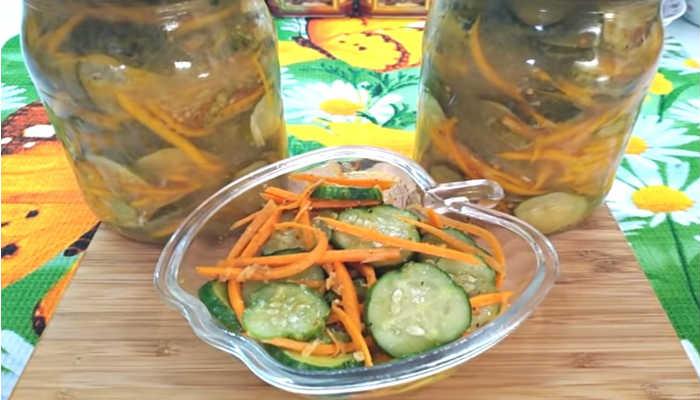 salat-iz-ogurcov-s-pripravoj-dlya-korejskoj-morkovi