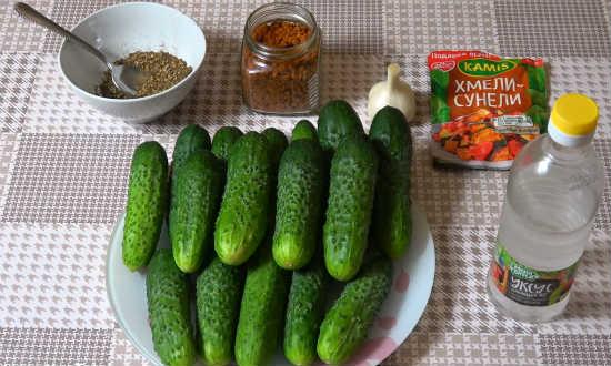 sostav-dlya-salata-bez-morkovi-iz-ogurcov