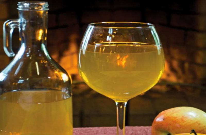 Как сделать домашнее вино из яблок