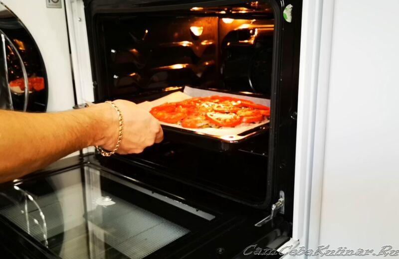 запекаем пиццу в духовке