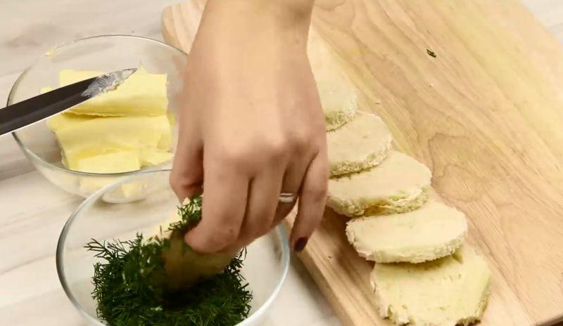 Бутерброды с красной икрой на праздничный стол