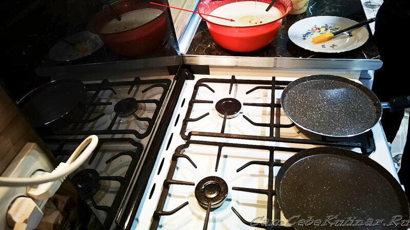 разогреть сковороду для блинов